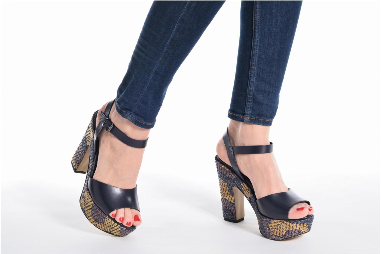 Sandales et nu-pieds Elizabeth Stuart Dorine Bleu vue bas / vue portée sac