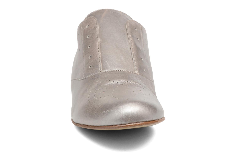 Mocassins Elizabeth Stuart Issy 391 Beige vue portées chaussures