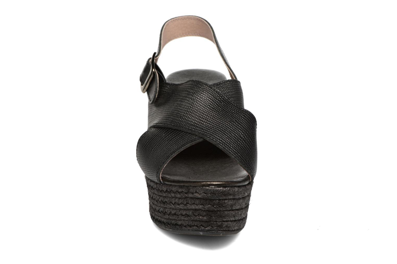 Sandales et nu-pieds Elizabeth Stuart Lotto 859 Noir vue portées chaussures