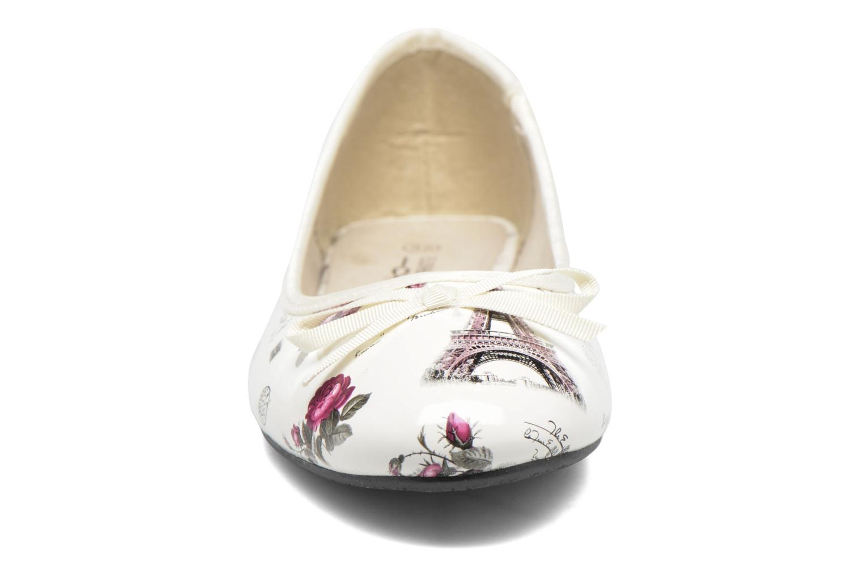 Ballerines Elizabeth Stuart Buz 415 Blanc vue portées chaussures