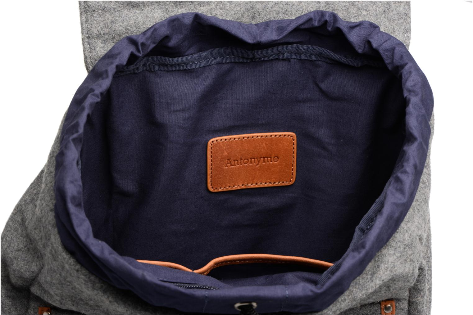 Rucksacks Antonyme by Nat & Nin Sac à dos Aaron Laine Grey back view
