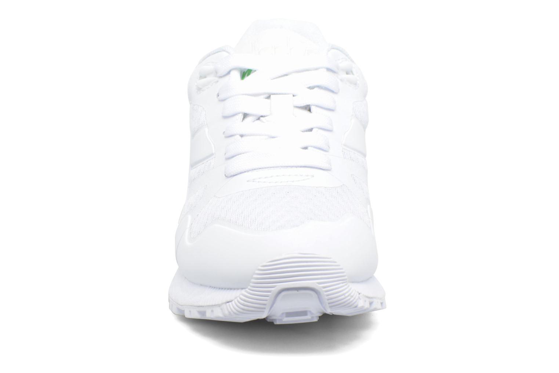 Sneakers Diadora N9000 MM II Bianco modello indossato
