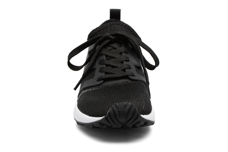 Baskets Diadora EVO AEON Noir vue portées chaussures