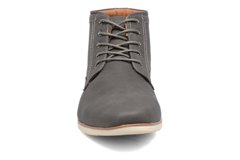 Snøresko I Love Shoes SIDOINE Grå se skoene på