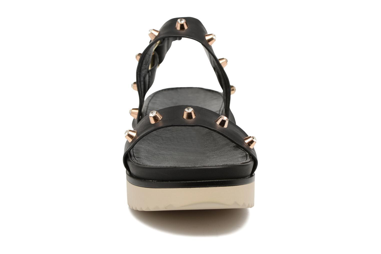Sandales et nu-pieds MTNG Clou 53937 Noir vue portées chaussures