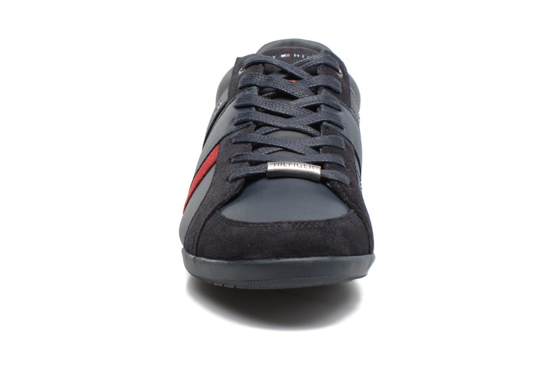 Baskets Tommy Hilfiger Royal 3C4 Bleu vue portées chaussures