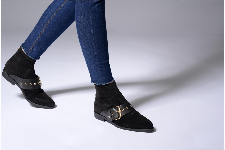 Boots en enkellaarsjes Tommy Hilfiger Gigi Hadid Flat Boot Zwart onder