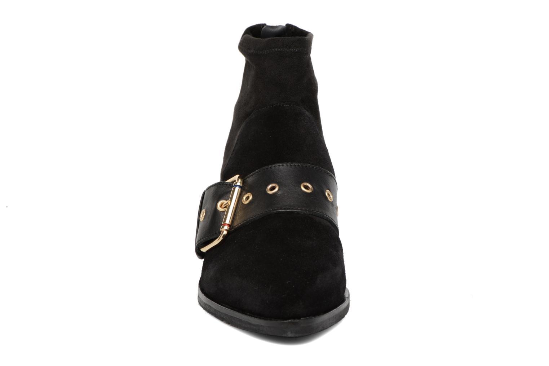 Boots en enkellaarsjes Tommy Hilfiger Gigi Hadid Flat Boot Zwart model