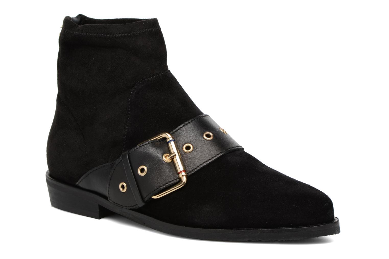 Gigi Hadid Flat Boot Black