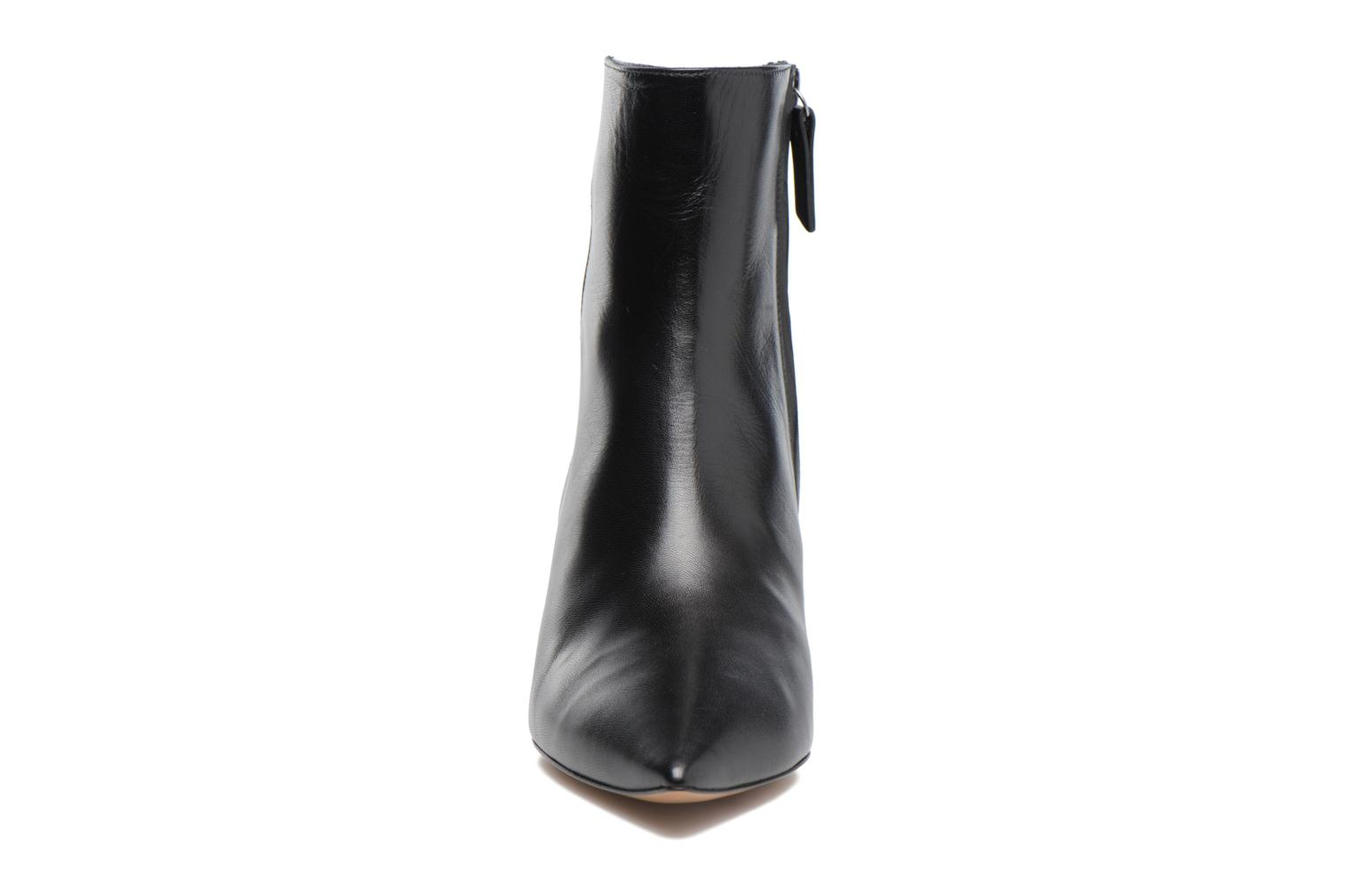 Ankle boots Pura Lopez BNAL187 Black model view
