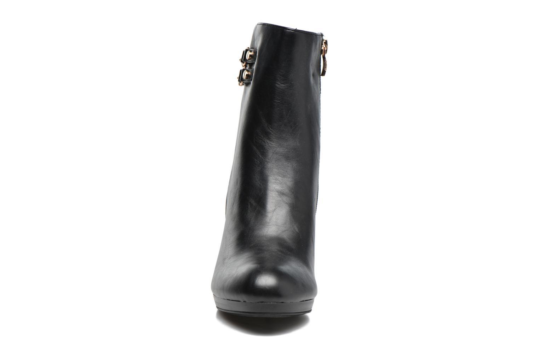 Bottines et boots Divine Factory Setna Noir vue portées chaussures