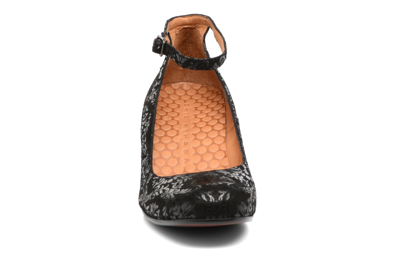 Escarpins Chie Mihara Hip Noir vue portées chaussures