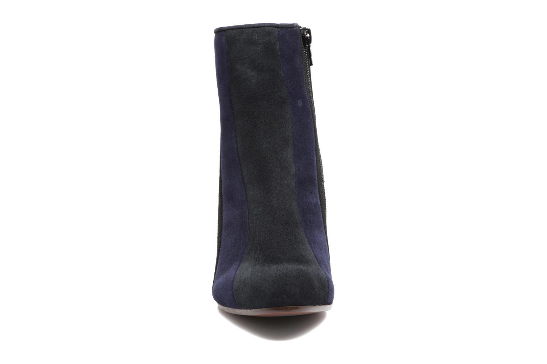 Bottines et boots Chie Mihara Fantia Bleu vue portées chaussures