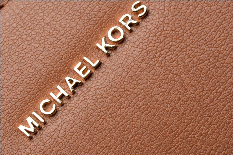 Bolsos de mano Michael Michael Kors Sutton LG Gusset Satchel Marrón vista lateral izquierda