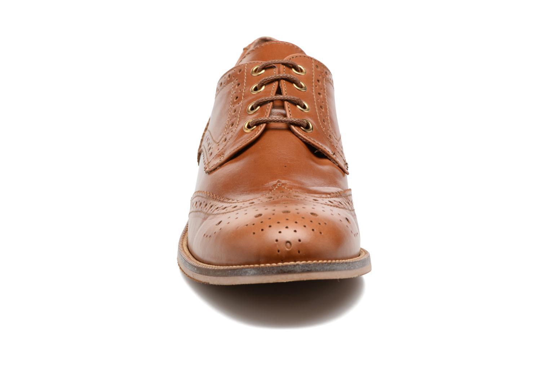 Chaussures à lacets Georgia Rose EMY Marron vue portées chaussures