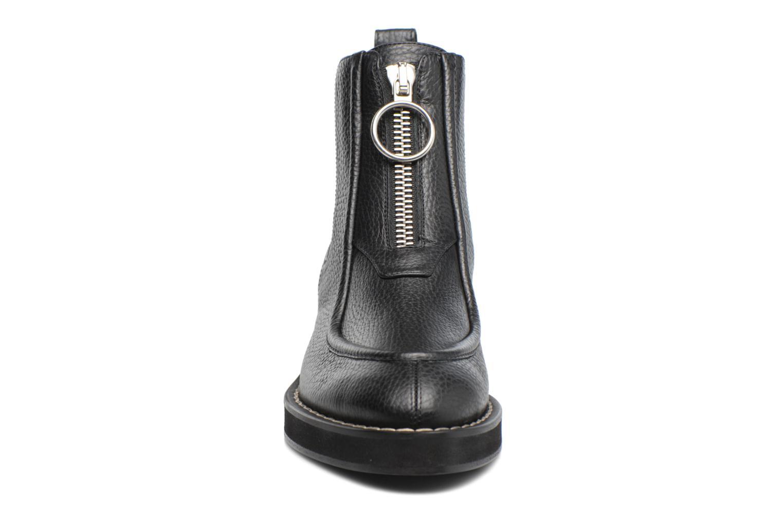 Bottines et boots Carven Orsay Bleu vue portées chaussures