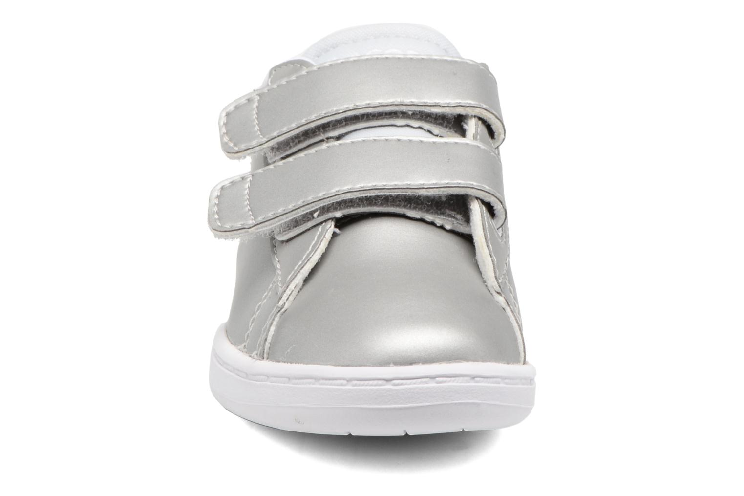 Baskets Lacoste Carnaby Evo 317 6 Argent vue portées chaussures