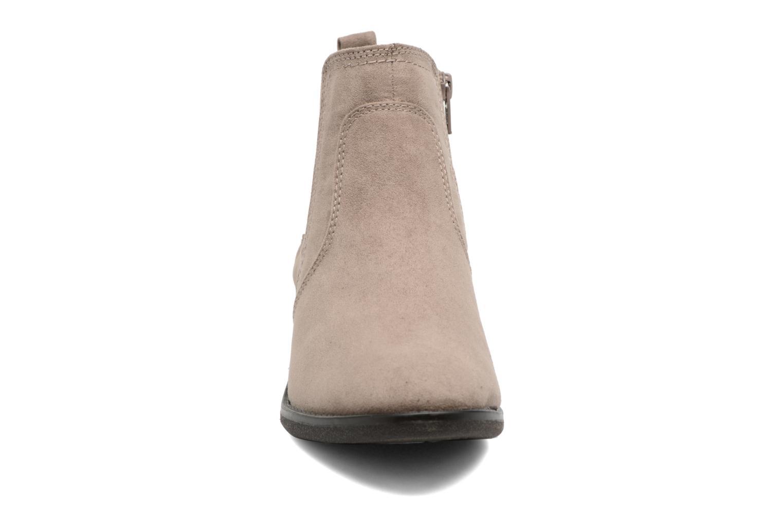 Stivaletti e tronchetti Jana shoes Myat Beige modello indossato