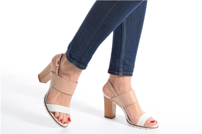 Sandales et nu-pieds Kickers Sardan Beige vue bas / vue portée sac