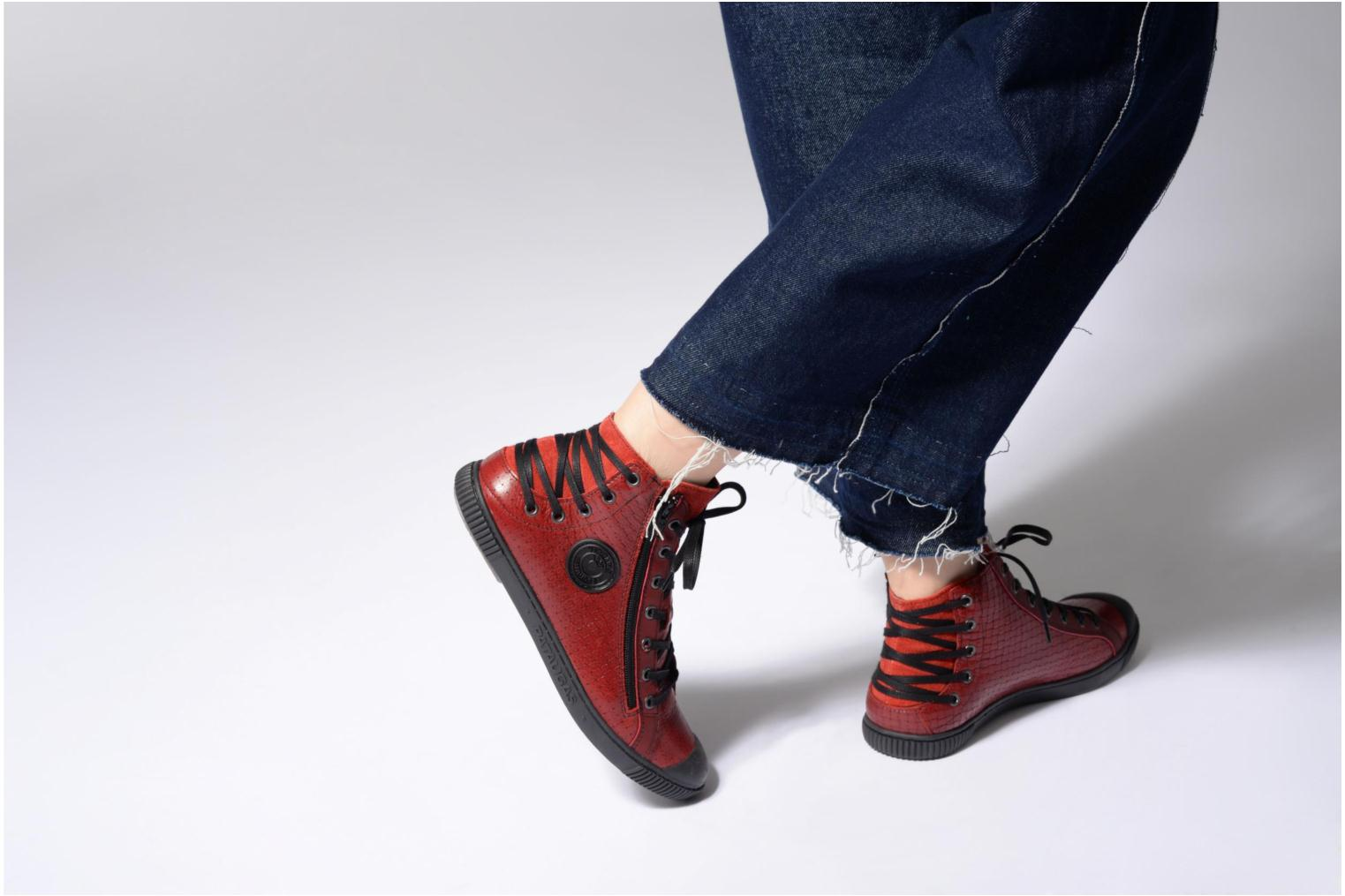Trainers Pataugas Bey Red view from underneath / model view