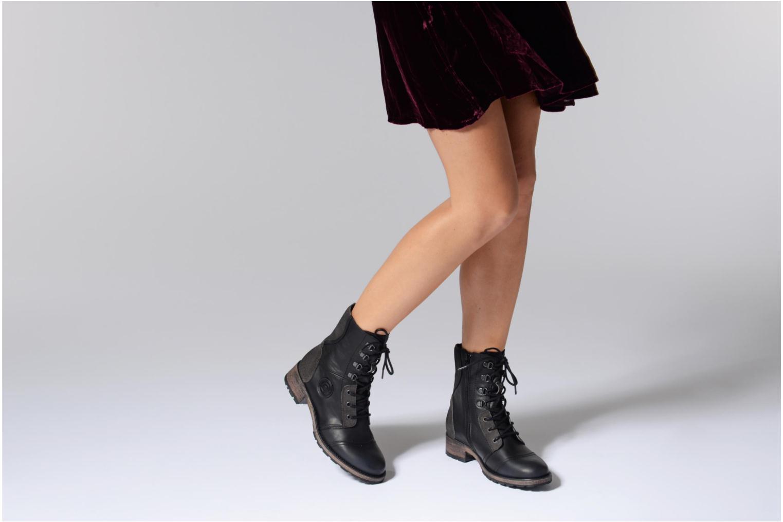Bottines et boots Pataugas Duke Marron vue bas / vue portée sac