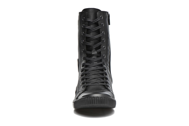 Baskets Pataugas Basic/N Noir vue portées chaussures