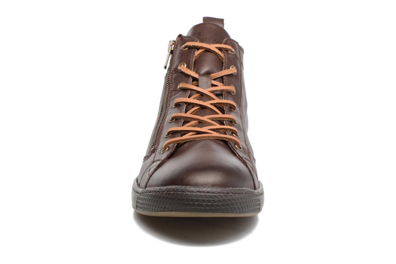 Baskets Pataugas Jayer/N Marron vue portées chaussures