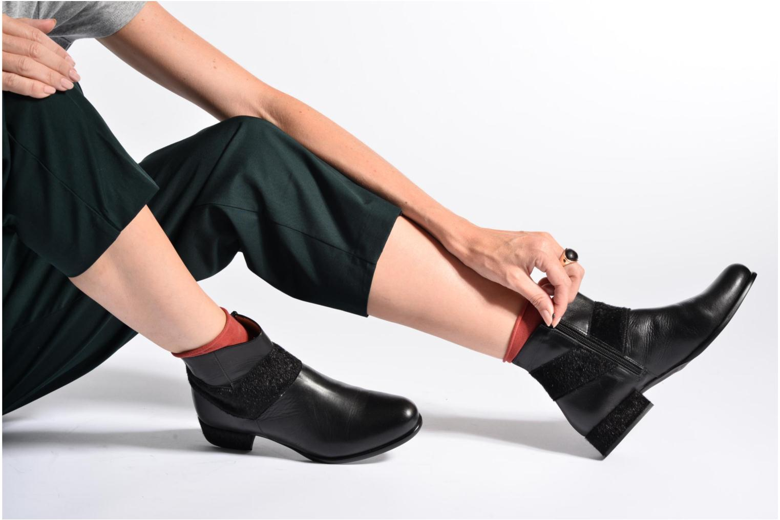 Ankle boots Made by SARENZA Winter Ski #15 Black view from underneath / model view