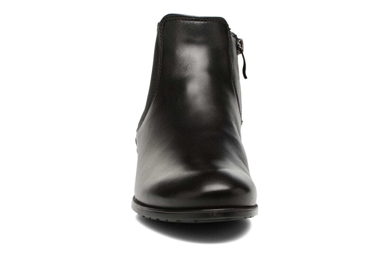 Bottines et boots Ara Yale-St Noir vue portées chaussures