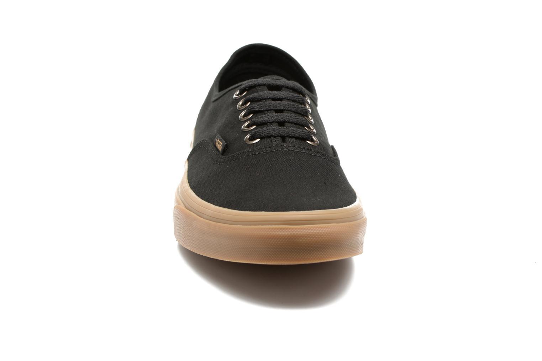 Baskets Vans Authentic Gum Noir vue portées chaussures