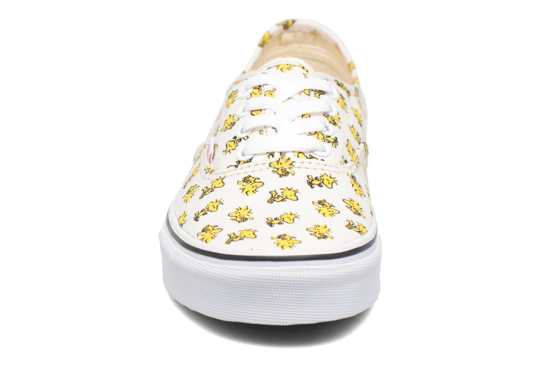Baskets Vans Authentic w x Peanuts Jaune vue portées chaussures