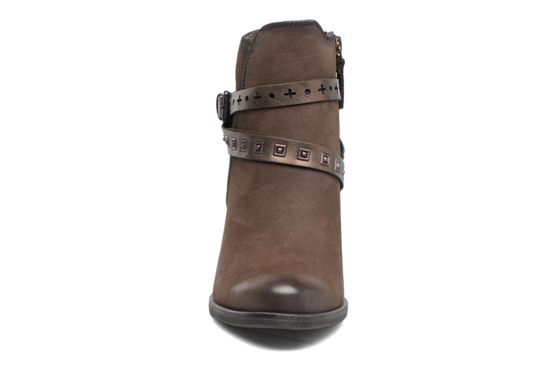 Bottines et boots Tamaris Adenael Marron vue portées chaussures