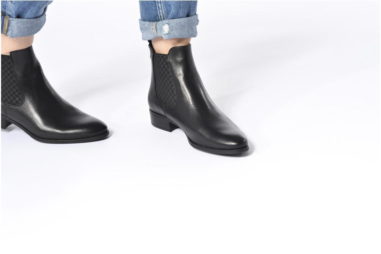 Bottines et boots Tamaris Calywen Noir vue bas / vue portée sac