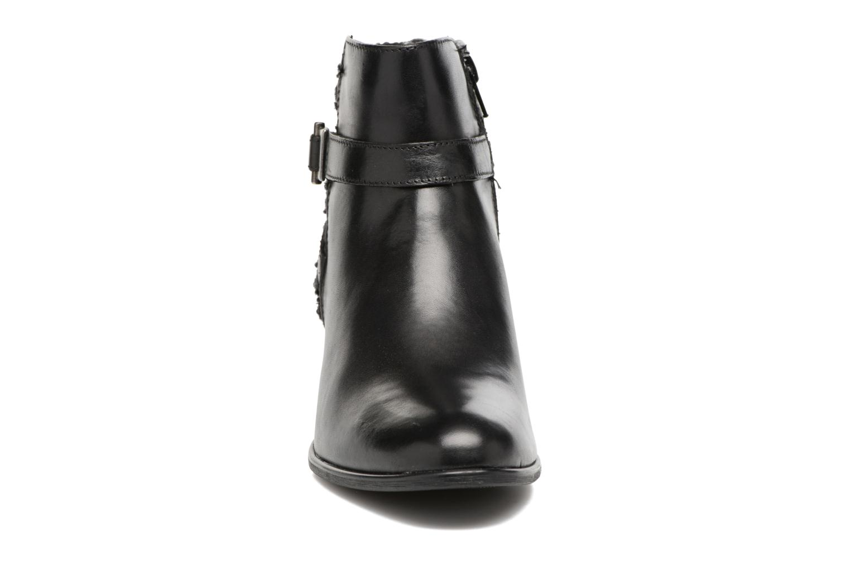Bottines et boots Tamaris Ciryan Noir vue portées chaussures