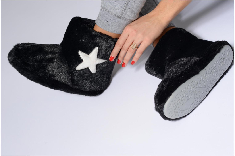 Chaussons Sarenza Wear Chaussons Boots Femme Etoile Blanc vue bas / vue portée sac
