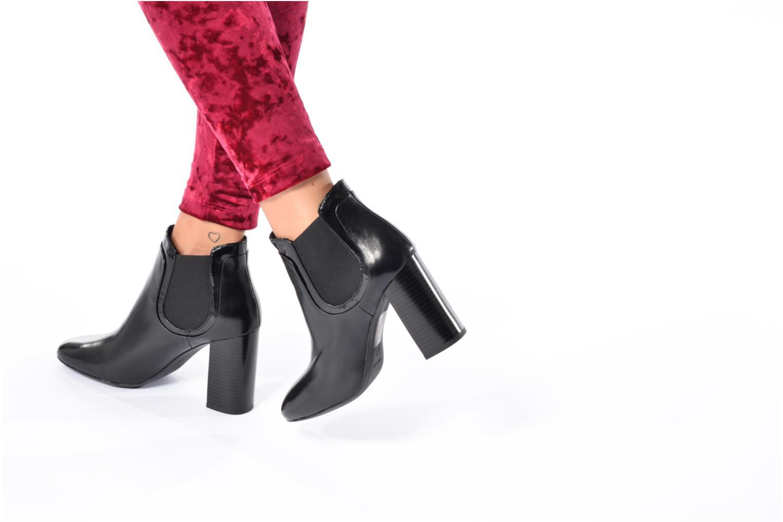 Bottines et boots Guess RITA Noir vue bas / vue portée sac