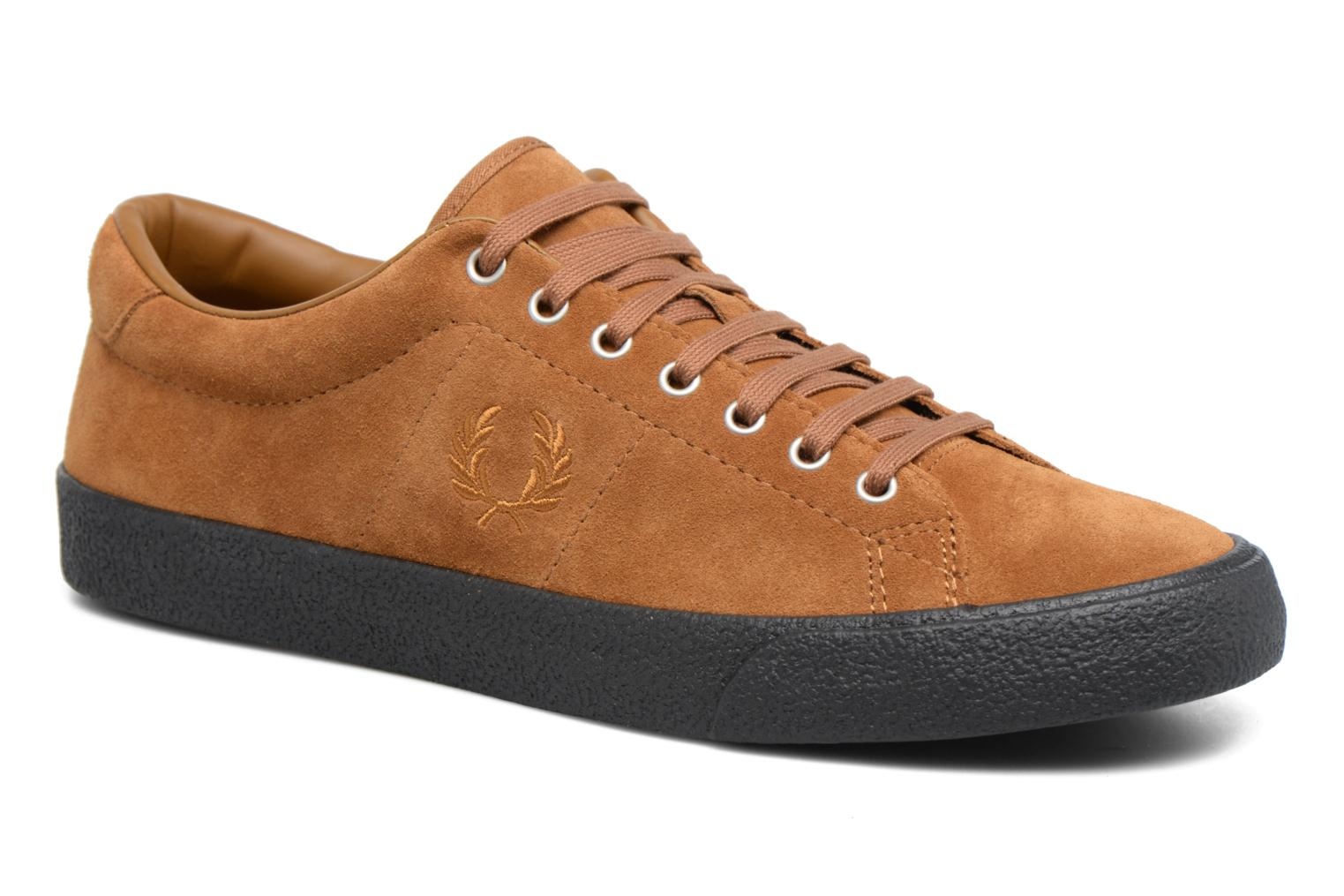 Baskets Fred Perry UNDERSPIN SUEDE Marron vue détail/paire