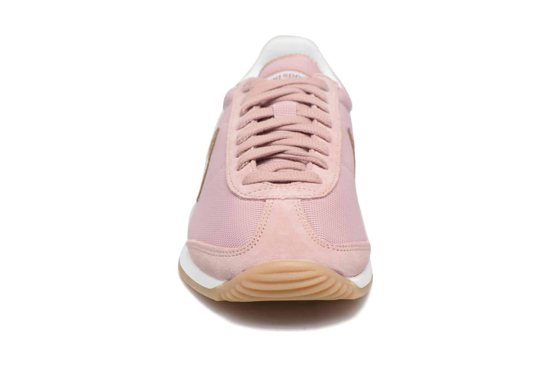 Sneakers Le Coq Sportif Quartz W Rosa modello indossato