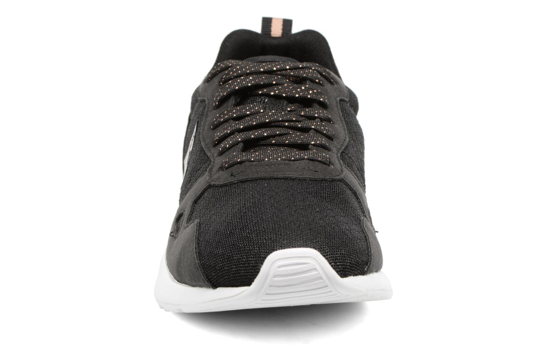 Baskets Le Coq Sportif LCS R600 Noir vue portées chaussures