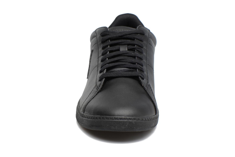 Baskets Le Coq Sportif Courtset Noir vue portées chaussures