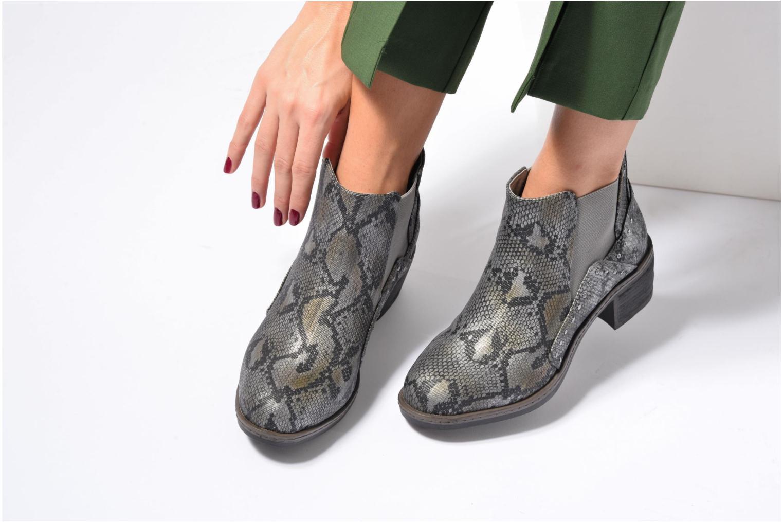 Bottines et boots Les P'tites Bombes Carole Noir vue bas / vue portée sac