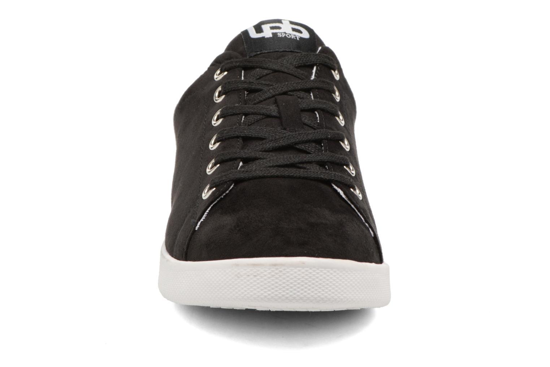 Baskets Les P'tites Bombes Agnes Noir vue portées chaussures