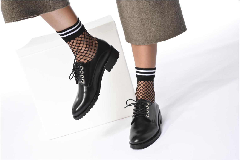 Chaussures à lacets Georgia Rose Toeillet Noir vue bas / vue portée sac