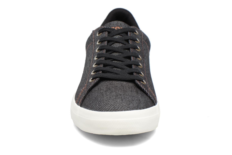 Baskets Lacoste LEROND 317 2 H Noir vue portées chaussures