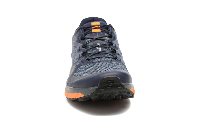 Chaussures de sport Salomon Sense Ride Bleu vue portées chaussures