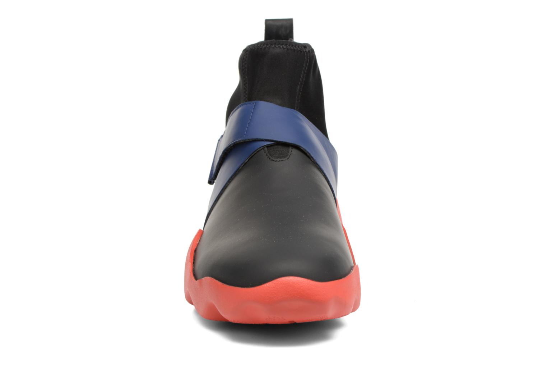 Baskets Camper DUB0 K300072 Noir vue portées chaussures