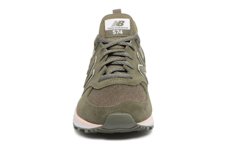 Baskets New Balance WS574 Vert vue portées chaussures