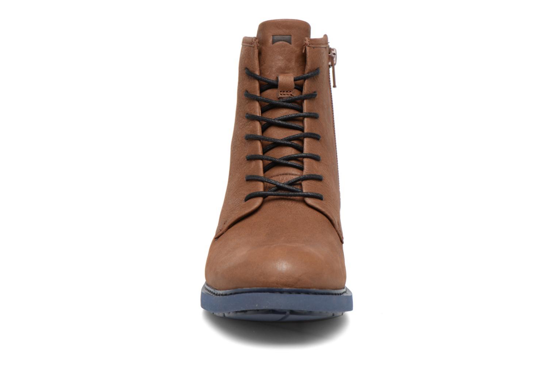 Bottines et boots Camper Neuman K400245 Marron vue portées chaussures