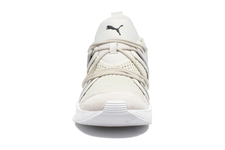 Baskets Puma Tsugi Blaze Gris vue portées chaussures