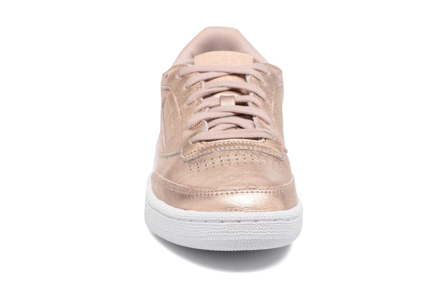 Baskets Reebok Club C 85 Melted Me Or et bronze vue portées chaussures